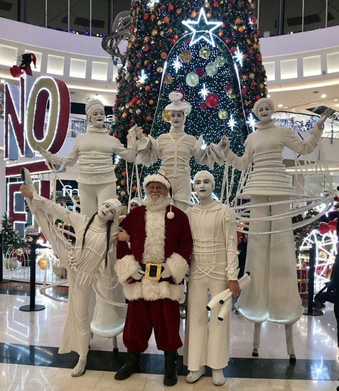 les blancs lumineux et le père Noël